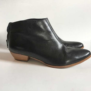 Matisse black leather booties size 6.5